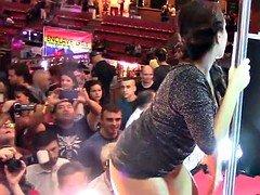 Nikki Lite, Tony di Luzzi y espontaneo follando en el SEB