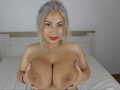 hot MILF Sabina has an nice twat