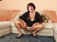 Les cougars qui me font bander: Roseline Bachelot (FAKE)