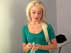 18 yo blonde college girl Kaylee