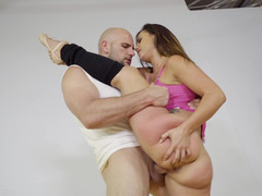 Depilated bully has sex with a very flexible chick