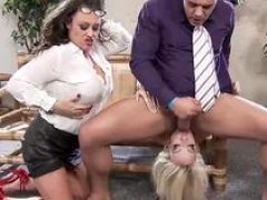 A duo crazy Soccer mom sluts are wanting to share a nice meat pole