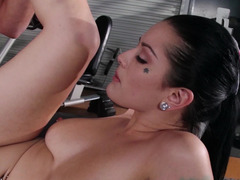 Dark haired hoe with milk sacks gets busy in the gym with her dude