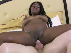 Wicked chubby black girl Mya Leah in bed and banging a white man