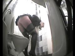 Toilet spy 05