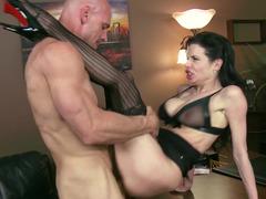 Mesmerizing brunette dominatrix wants get in hands of strong man
