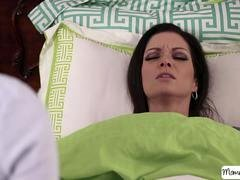 Stepmom Jasmine Jae lets 18-19 y.o. lesbian Stella Cox sits on her face and moreover have a taste of her vag