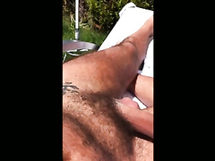 M si masturba all 039 aperto