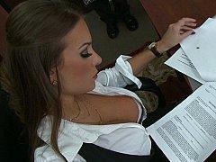 The Woman Boss!
