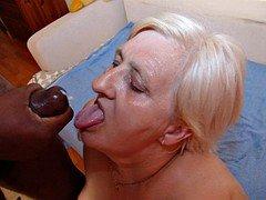 Slideshow amount 30(#granny #oma #grandma)