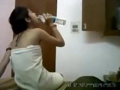 Smoking hot Teen with Bf in Hostel - INDIAN