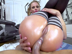 Anal and vaginal drilling by two powerful men in the couch