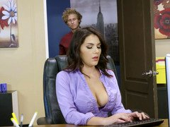 Bigtitted bimbo is in the office and she is getting her legs on a flag pole