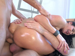 Latex boots whore Eva Karera does a hot double penetration