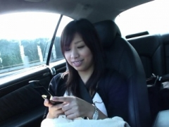 Smoking hot Asian brunette 18-19 year old fingered after blowing in the car