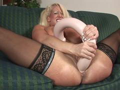 Sizeable dildos are no challenge for Alura Jenson