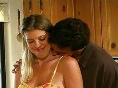Hot Bigtitted Bree Brooks Gets down and dirty In K
