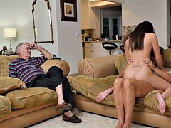 Teen babe cocksucks oldguy to cum in her mouth