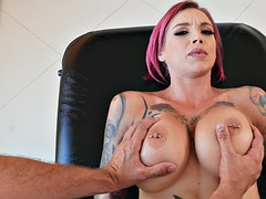 busty anna bell peaks gets the nice massage from keiran lee