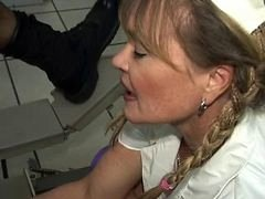 Porsche Lynn shows Lisa Berlin her Handballing PARLOR