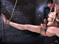 Pegged down up in bed babe gets electro shocks