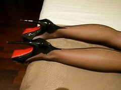 My FF nylons with silver backseem & high heels