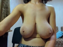 Myla huge boobs - webcam girl