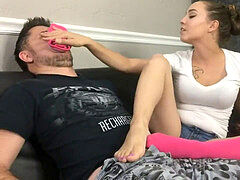 Sasha foxx sole and handjob