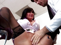 Breasty squirting babe vag fucked by doctor