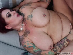curvy mom with big ass and big tits fucked hard with cumshot