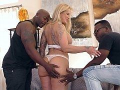 Interracial MMF cuckold with a Sexually available mom
