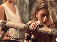 gimp Tears Of Rome: penalty With The lesbian Whip