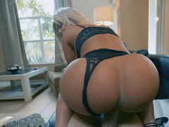 Blonde with big tits and ass cheats on husband with a repairman