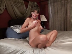 Northern american Mom i`d like to fuck fingerfuck her own ASS