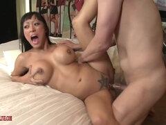 Asiatisch Deepthroat Kehlenfick