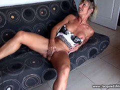 Amateur French Anal Cougar