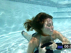 Carolyn underwater audition and breatholding