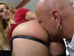Aj Applegate gives her dude a rimjob before pegging his asshole