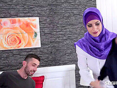 CZECH MUSLIM super-bitch NATHALY CHERIE loves SHOPPING