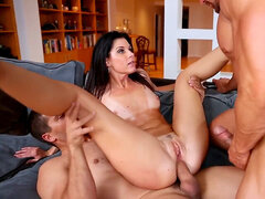 Mile High India Summer double penetration My wifey With Me