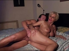 Gorgeous blonde Eager mom fucked and facial.mp4