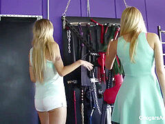 2 astounding stunners get kinky with a blonde MILF