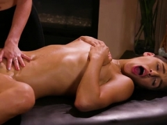 Hot cunt-licking with Haley and also Abella after the massage
