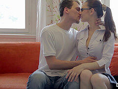 sloppy Flix - Timea Bella - nailed instead of probing alone