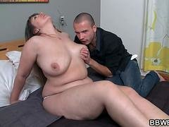 Curvy babe is fuck hole pounded after blowjob