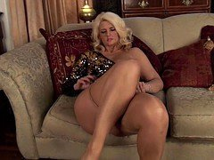 sparkly skirt nails tan pantyhose sexually available mom