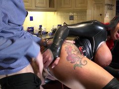 Latex floozy Kerry Louise fucks a gigantic ramrod
