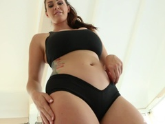 Alison Tyler is a sexy yoga instructor