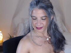 Super Granny shows her body on webcam
