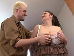 BBW Hooker Has Fun With Huge Cock